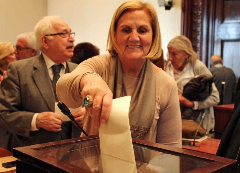 "La expresidenta del Parlament Núria de Gispert se disculpa con Arrimadas tras instarle a ""volver a Cádiz"""