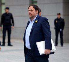 """Junqueras avisa: """"Pot ser que estigui a la presó, però els catalans seguirem lluitant"""" (EUROPA PRESS)"""