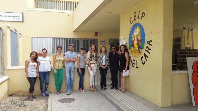 Fernández visita el CEIP Gabriel Cara