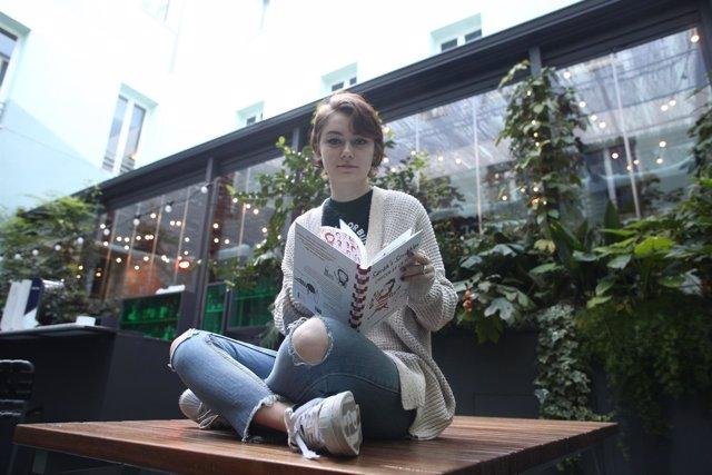 Entrevista en Madrid con Sarah Andersen por la publicación de Crecer es un mito