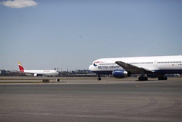 Aviones de Iberia y de BA