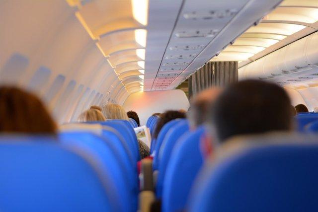 Pasajeros, avión, interior