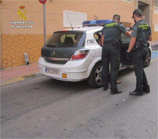 Operación en el centro de Torrevieja