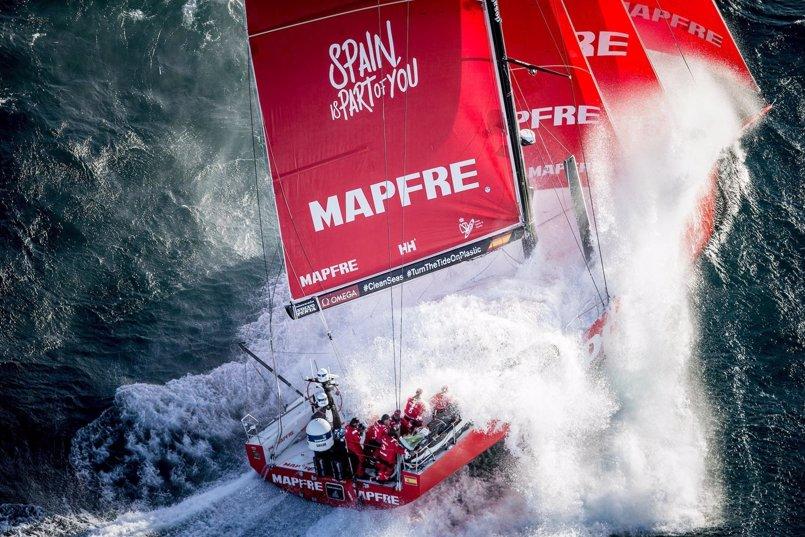 El 'MAPFRE' culmina su remontada hasta el liderato rumbo a Ciudad del Cabo