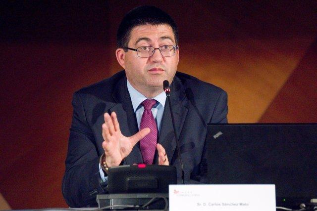 Carlos Sánchez Mato en una conferencia en el Palacio de Cibeles