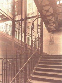 Escalera de la estación de Gran vïa