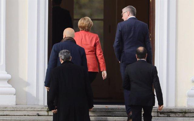 Merkel informa al presidente de la ruptura de las negociaciones de gobierno