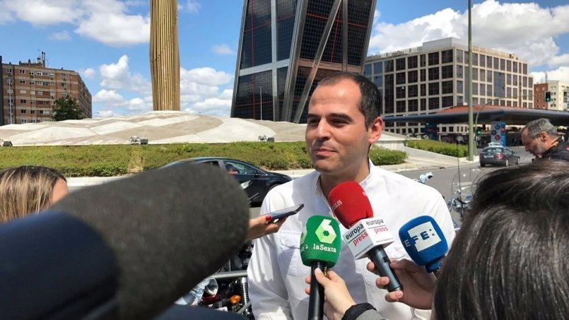 """Aguado pide a Cifuentes que presente un plan anticontaminación """"serio"""" y se coordine con los municipios"""