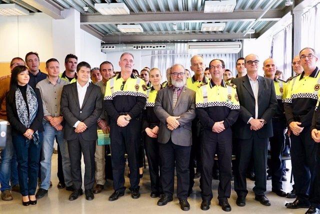Barcelona incorpora 24 agentes de la polic a de barrio en - Barrio de sant andreu ...