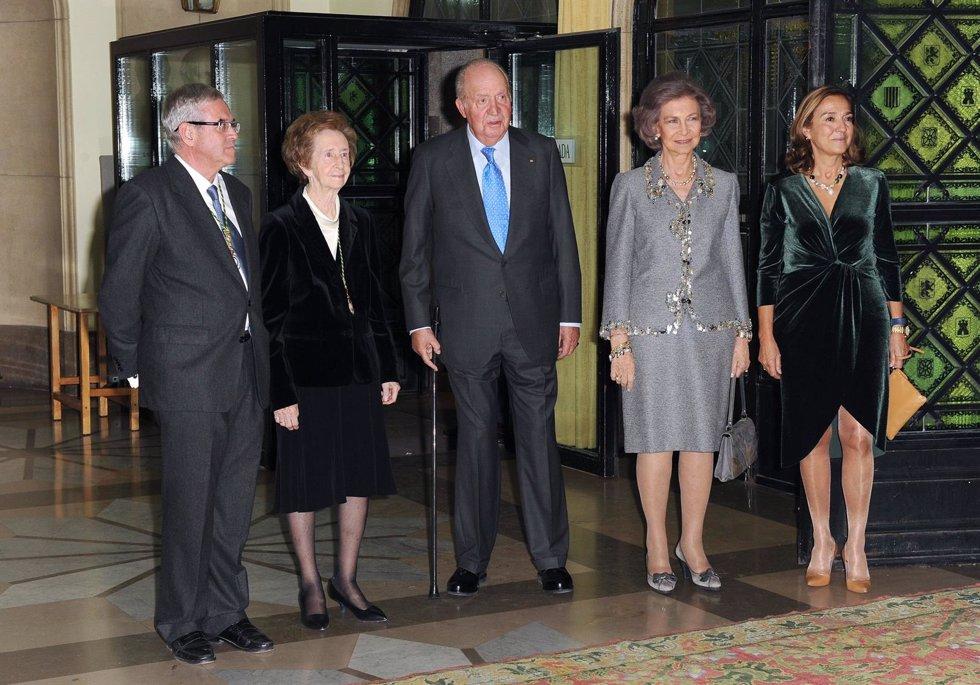Reyes Eméritos Juan Carlos y Sofía entregan Medalla Echegaray