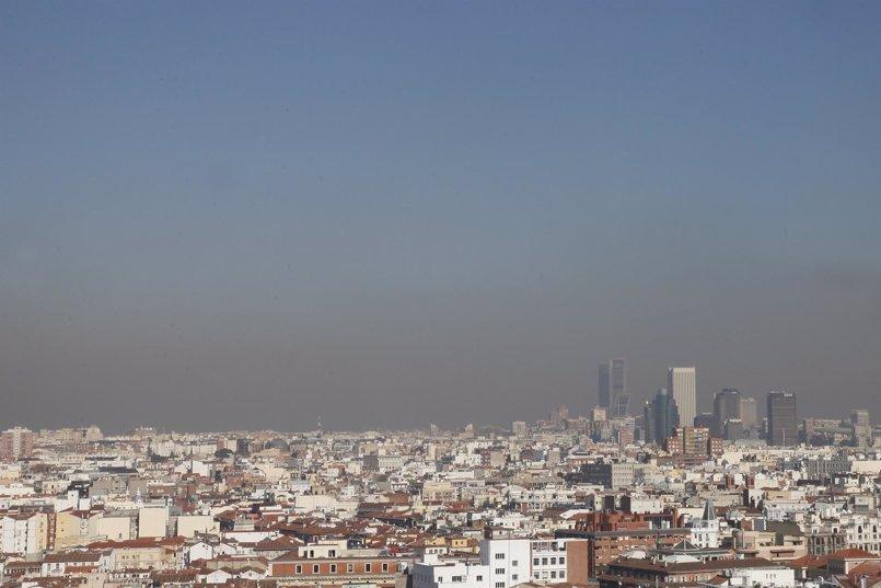 Mañana no se podrá aparcar tampoco en la zona SER de Madrid por contaminación, tras una semana con el protocolo activado