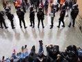 UN JUEZ ORDENA IDENTIFICAR A LOS ANTIDISTURBIOS QUE ACTUARON EL 1-O EN BARCELONA