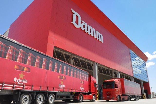 Fábrica de Damm en El Prat de Llobregat (Barcelona)