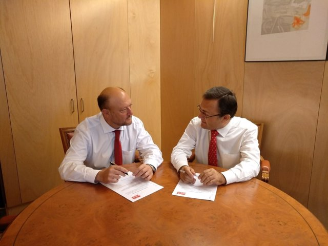 Antonio Pradas y Miguel Ángel Heredia, diputados socialistas en el Congreso