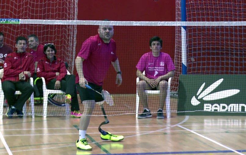 Simón Cruz y Esther Torres representarán a España en el Mundial de Bádminton Paralímpico
