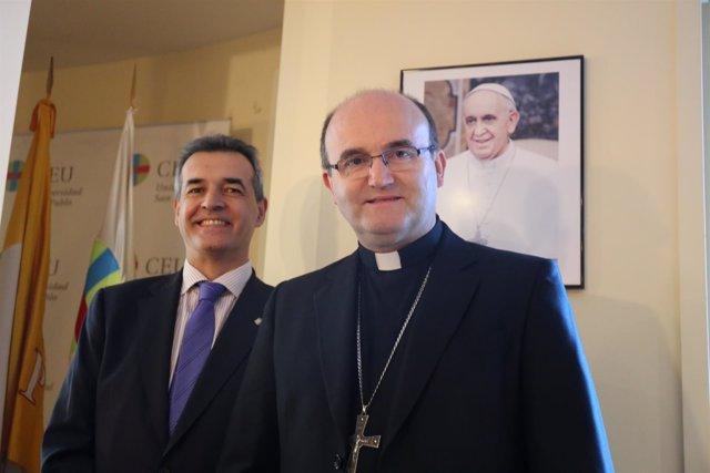 El rector de la Universidad CEU San Pablo y el obispo de San Sebastián