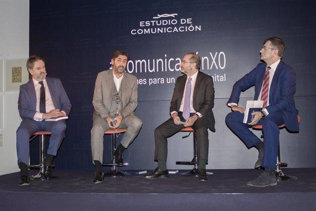 "Nota De Prensa: Estudio De Comunicación Ha Presentado El Libro.""#Comunicación: S"