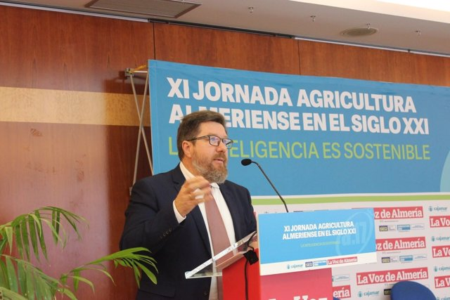 El consejero de Agricultura, Rodrigo Sánchez