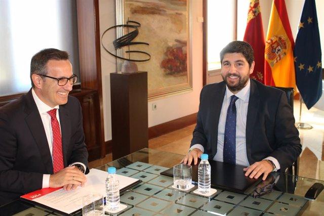 Fotos/ El Presidente De La Comunidad, Fernando López Mir As, Se Reúne Con El Por