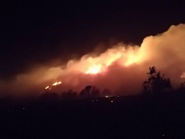 Imagen Del Fuego En El Paraje Del Barranco Del Reajo, Cerca De Gutur