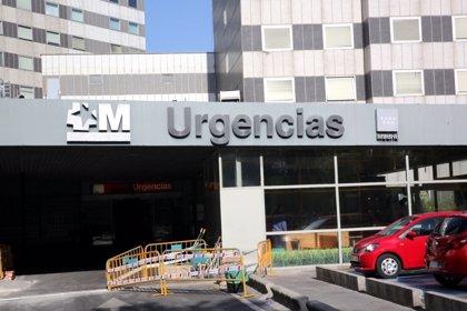"""Un grupo de enfermeros de La Paz lleva al juzgado un escrito sobre la situación de """"saturación"""" de las Urgencias"""