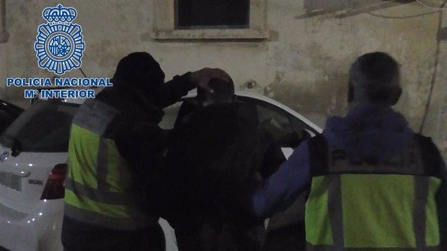"""Nota De Prensa, Fotografía E Imágenes:""""La Policía Nacional Detiene En Valencia A"""