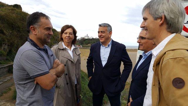 De Andrés y alcaldes de Zumaia y Getaria