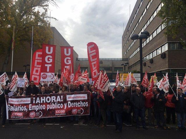 Valladolid.- Concentración de delegados sindicales en Valladolid