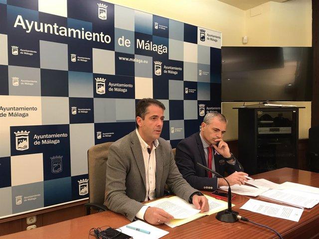 Carlos Conde y Julio Andrade en rueda de prensa