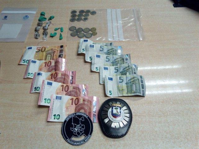 Dinero y drogas intervenidos en Arganzuela