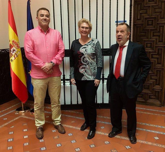 La defensora de la ciudadanía de Palma con el defensor del pueblo de España