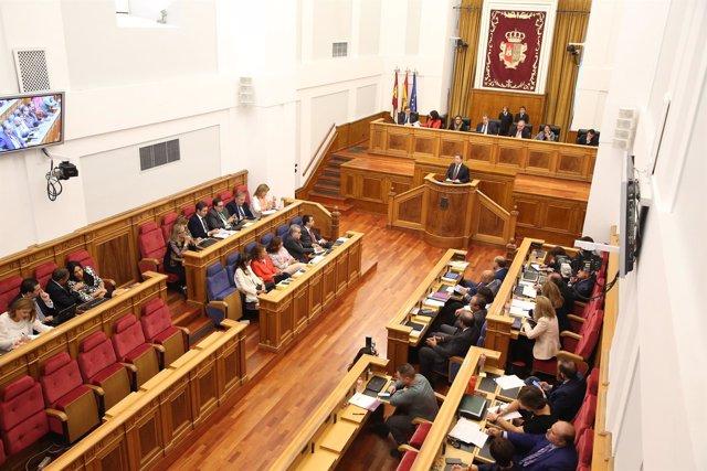 Pleno, Cortes, Debate