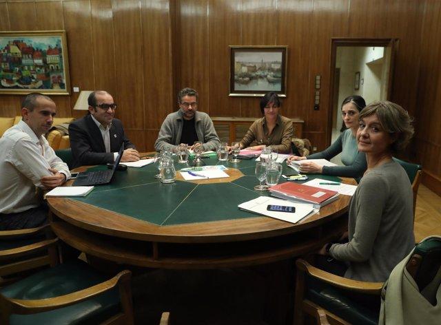 Isabel García Tejerina se reúne con las ONG ambientales