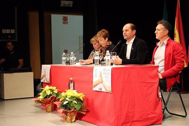Autoridades durante la celebración del encuentro