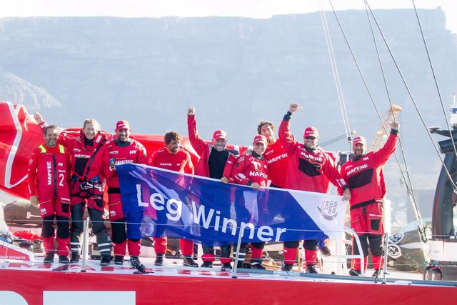 MAPFRE gana la segunda etapa de Volvo Ocean Race