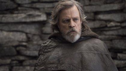 """Star Wars: Mark Hamill promete que el regreso de Luke al Halcón Milenario hará """"llorar"""" a los fans"""