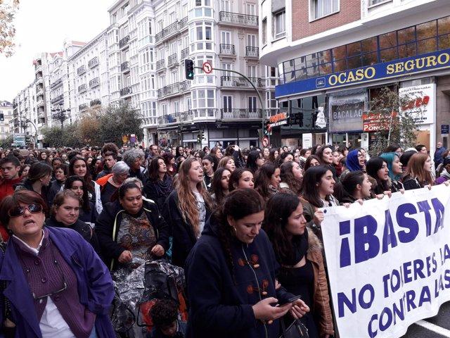 Manifestación contra la violencia de género en Santander