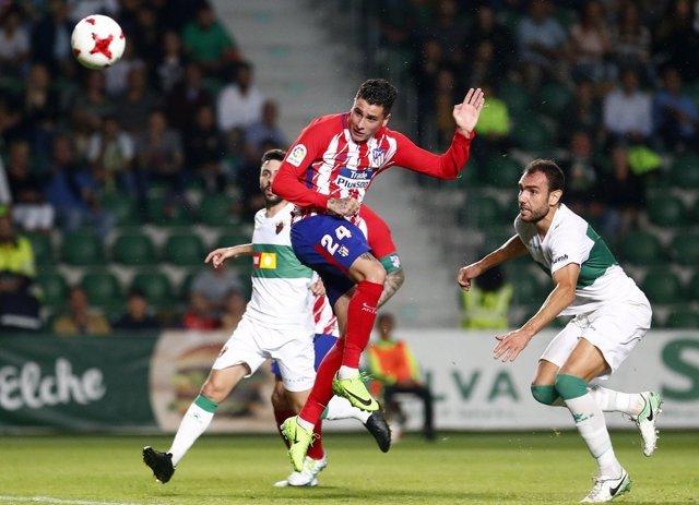 Giménez remata en el Elche-Atlético