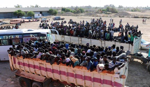 Migrantes en Sabrata, Libia