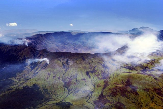 Cráter del volcán Tambora