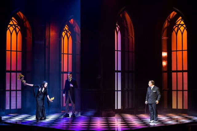 Un momento de la representación del musical 'La familia Addams' en Madrid