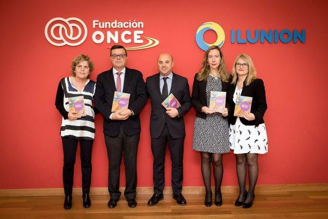 Foto Familia Fundación ONCE