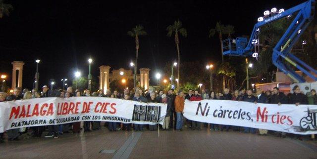 Concentración en Málaga rechazo al internamiento en la cárcel de Archidona