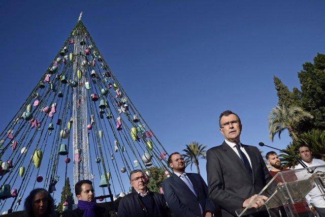 Murcia Da La Bienvenida A La Navidad Con Un Espectaculo Inedito De