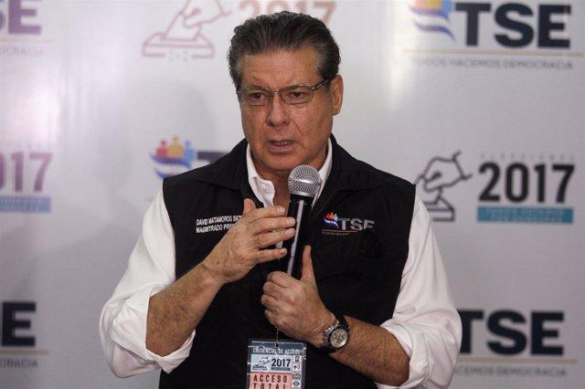 El presidente del TSE de Hondruas David Matamoros