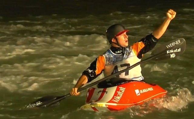 Quim Fontané campeón mundo kayak estilo libre freestyle
