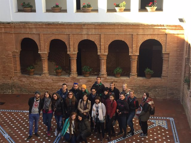Encuentro de estudiantes Erasmus en Huelva