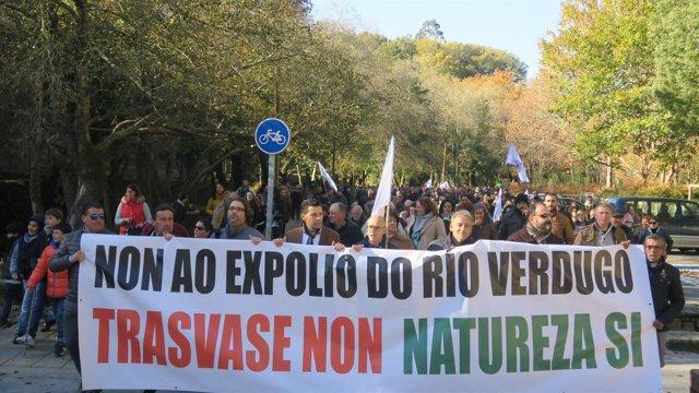 Manifestación contra el trasvase del Vergudo en Ponte Caldelas