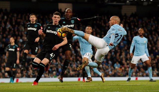 Silva derriba el muro del West Ham y prolonga la racha del Manchester City