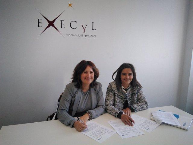 Firma del convenio entre Execyl y Red Acoge.
